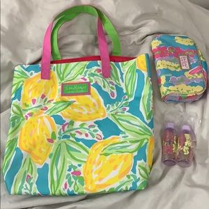 Lilly pulitzer for estee lauder tote set
